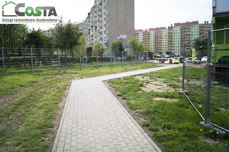 kladzenie_chodnika_1