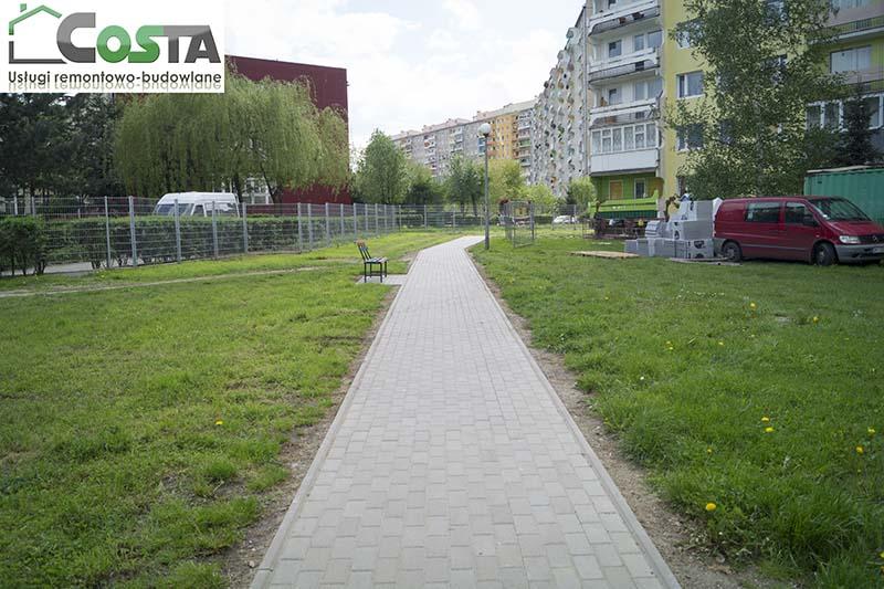 kladzenie_chodnika_2